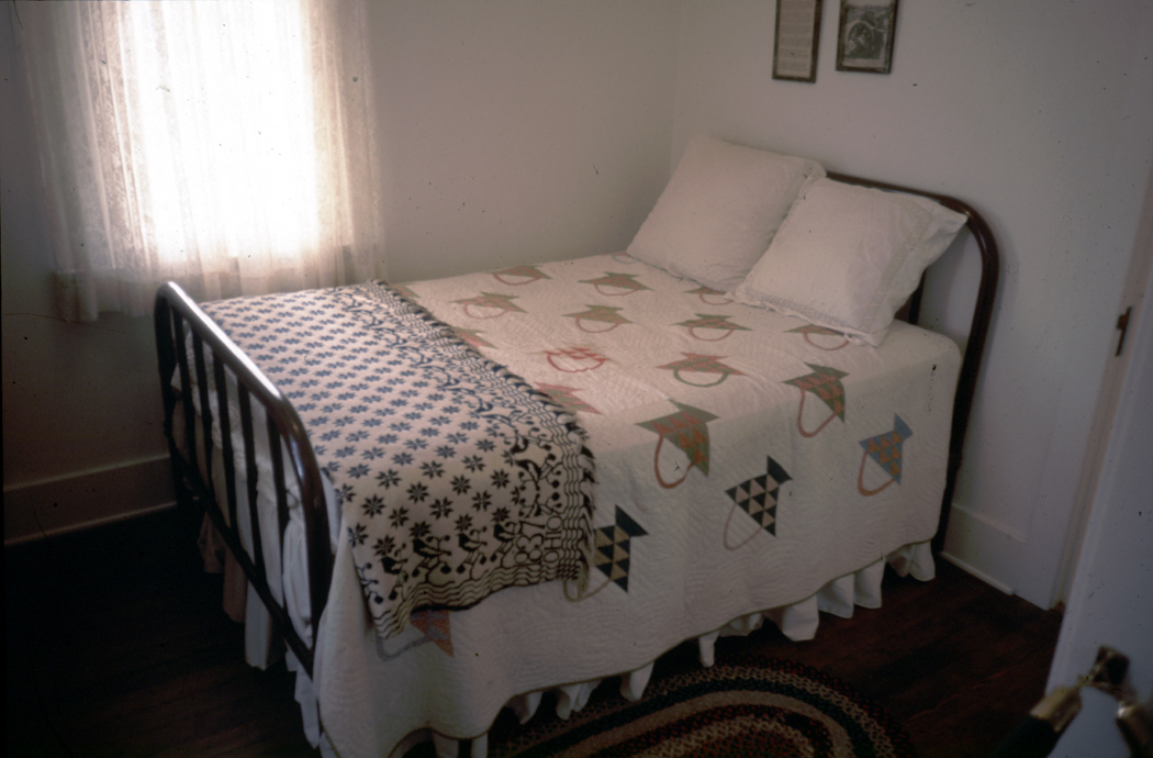 Richard Nixon's birth bed