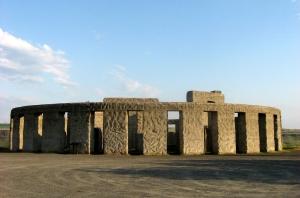 Maryhill stonehenge WWI monument