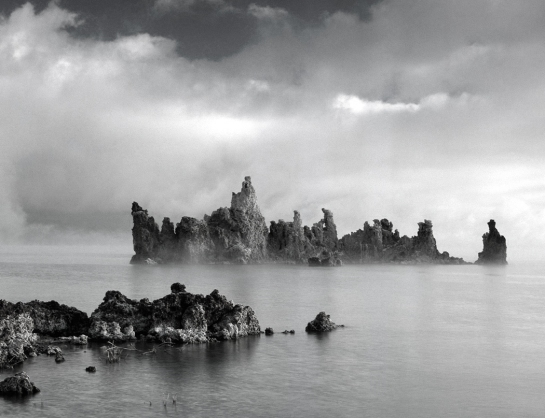 mono lake monochrome