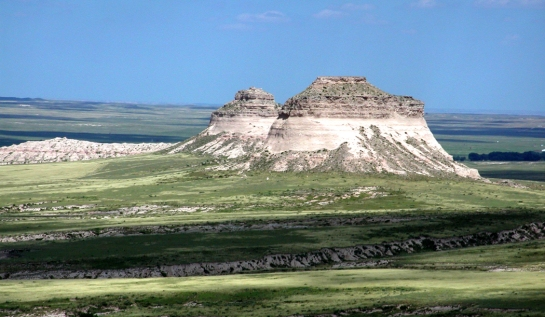 Pawnee Buttes 1