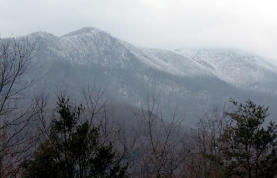 snow on peaks 2