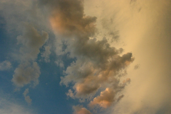 cloud08