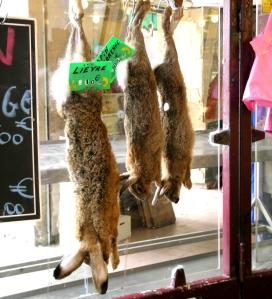 Rabbitshangingmarche