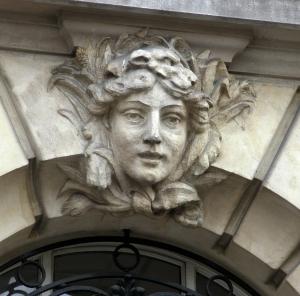 windowhead female