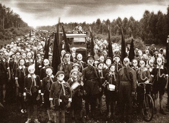 Leningrad children prepare for gas attack
