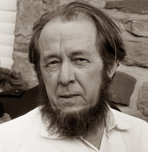 Aleksandr_Solzhenitsyn_1974