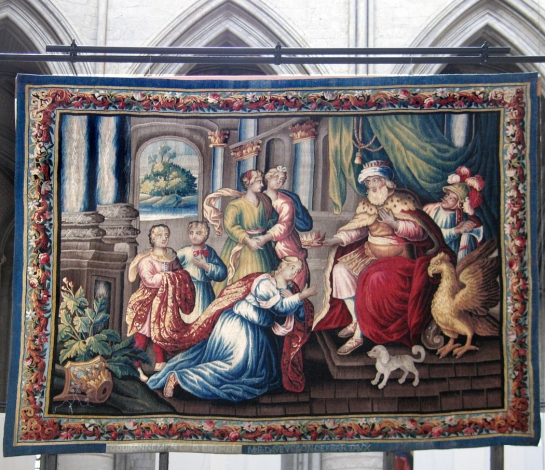 rouen-tapestry-1
