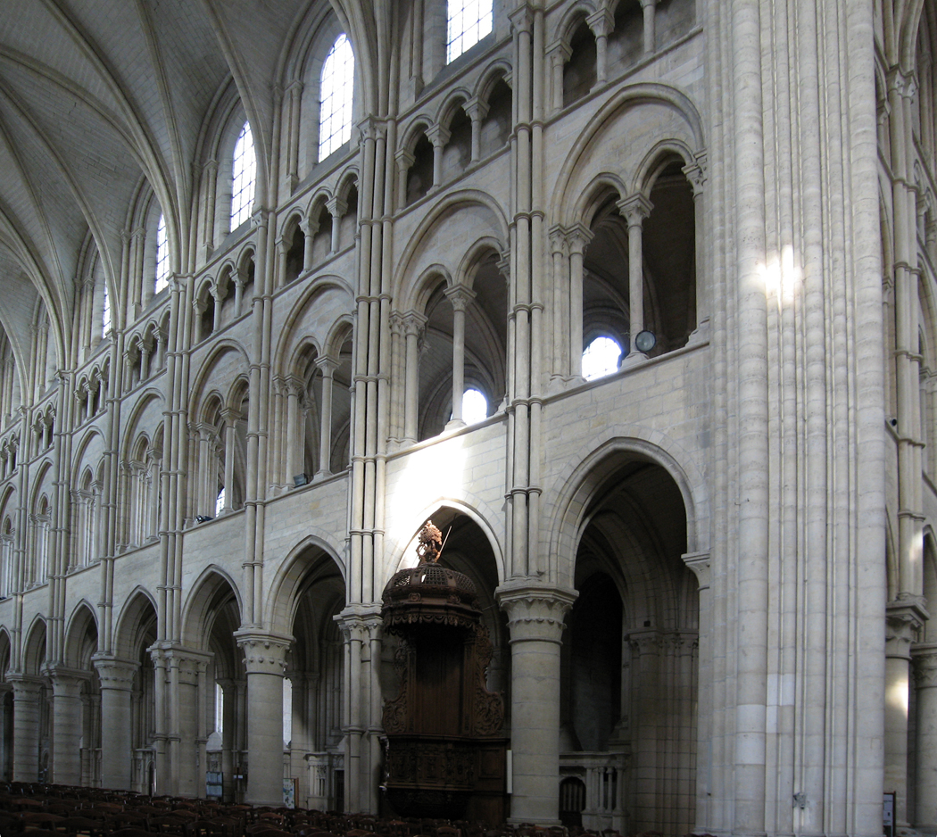 Instead Of A Nave Arcade On The Ground Floor Triforium And Clerestory Above That There Is Fourth Layer In Cake Blind