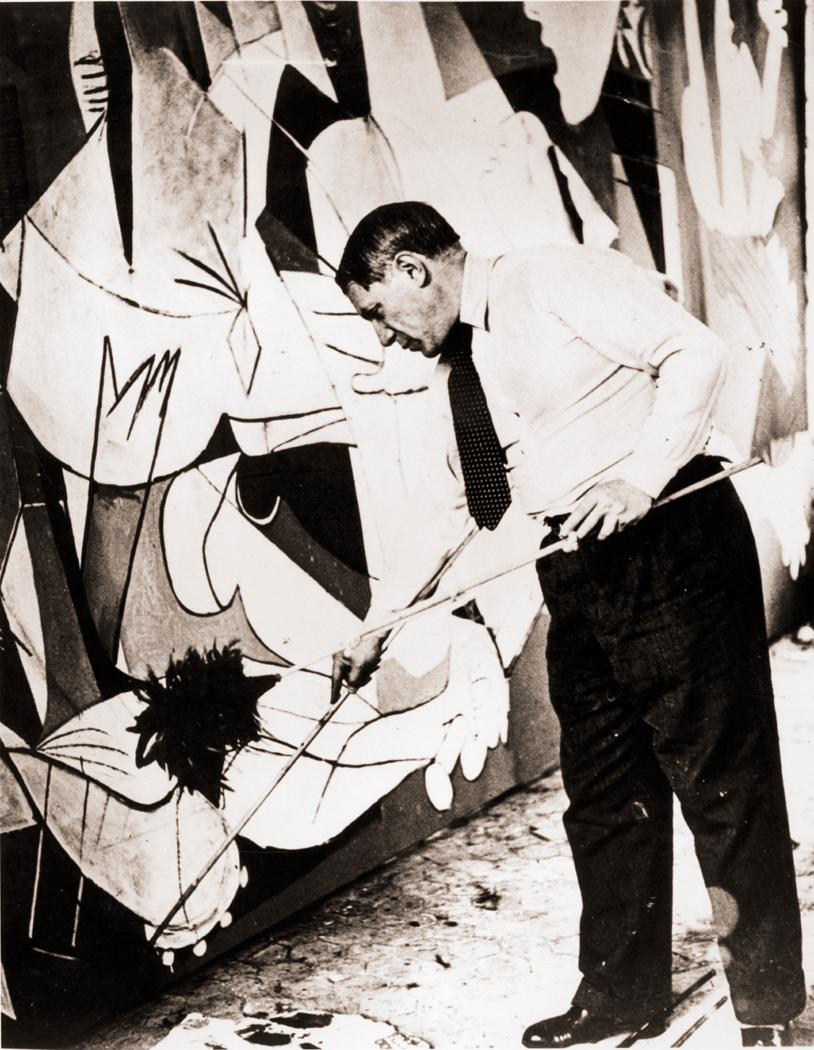 Esthetics richard nilsen pablo picasso painting guernica in his studio paris 1937 photograph by dora maar buycottarizona Gallery